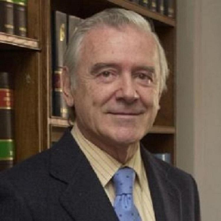Enrique Sánchez de León Protagonista de la Transición Ministro de Sanidad