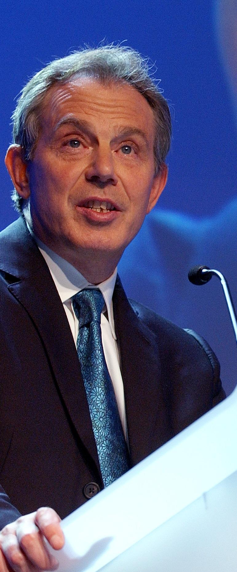 Ni derecha ni izquierda tradicionales: Tony Blair y la tercera vía.