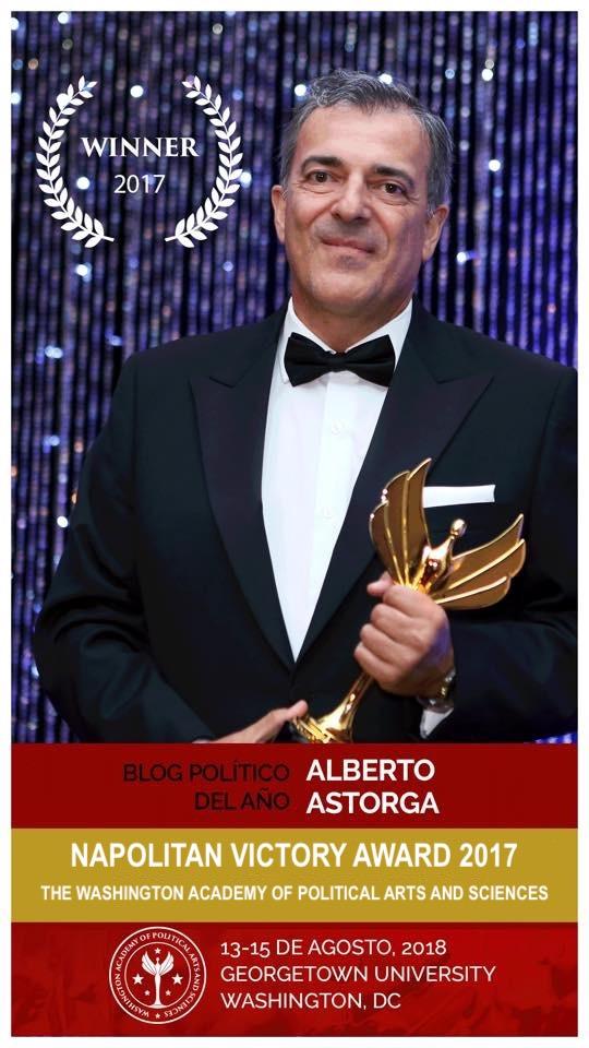 Alberto Astorga en Washington galardonado con el Napolitan al Mejor Blog Político del Año 2017