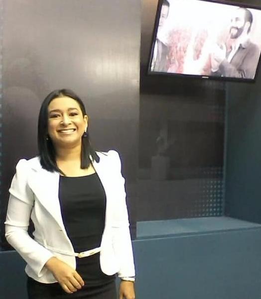 Ines Martínez, Consultora Política El Salvador