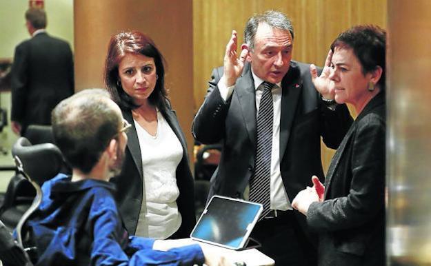 Pacto entre PSOE y Bildu
