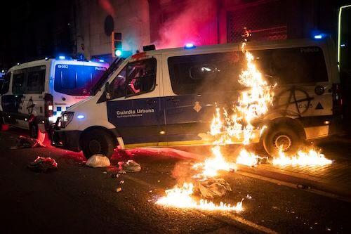 Disturbios en Barcelona por los comunistas e izquierda radical
