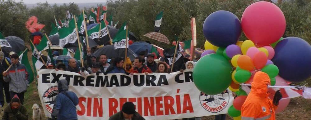 Manifestación contra la refineríai en Tierra de Barros